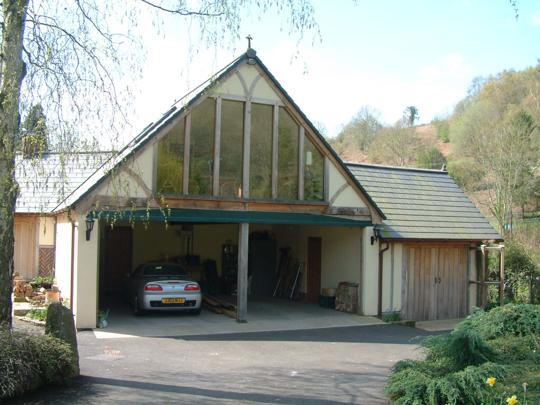 Dean Oak Garage and Office