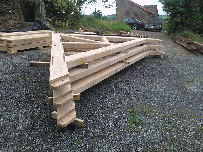 Dean Oak Raised collar truss1