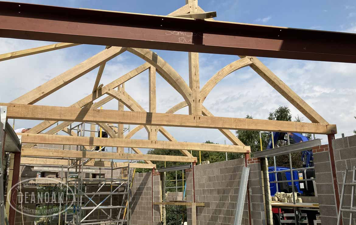 Curved Braced Kingpost Roof in Shaftsbury by Deanoak Limited